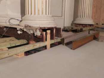 Columns are now supported on the chancel floor